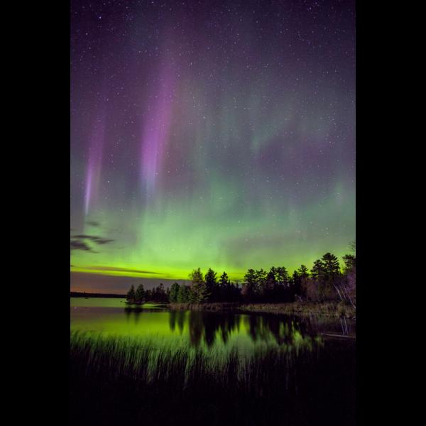 Boulder-Lake-Lights-2-sfw-min
